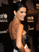 Angie Harmon- The 9th Annual UNICEF Snowflake Ball in New York 12/03/13